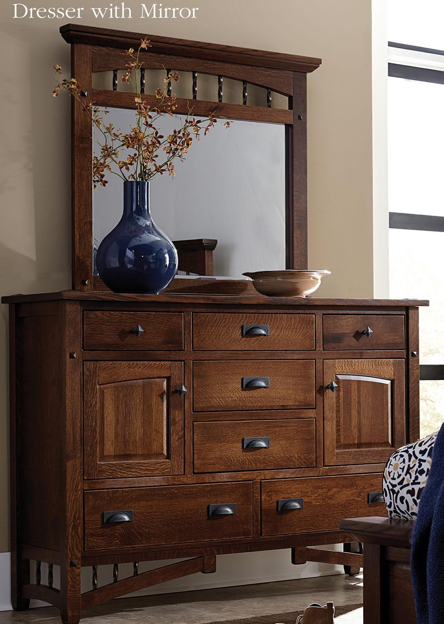 Amish Arroyo Seco Dresser & Mirror Image